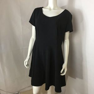 Little black dress 👗 Sz. 3X Ambiance Apparel